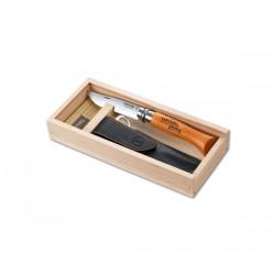 Opinel Nº8 Carbono com bolsa em caixa de madeira