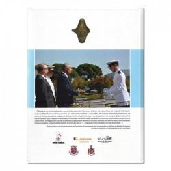 """Livro """"Espadas, Sabres, Adagas e Talins da Marinha Portuguesa"""""""